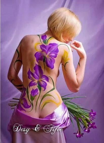 Se Dio non avesse fatto la donna, non avrebbe fatto il fiore