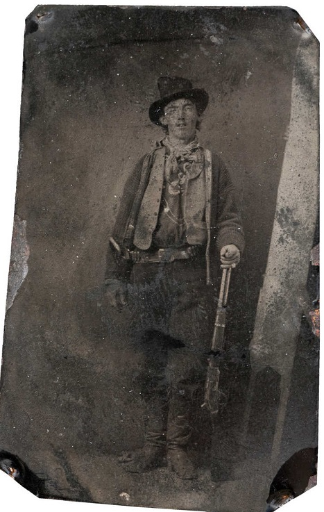 Databile al 1880, ritrae, il famoso fuorilegge Billy The Kid. È stata venduta ad un 73enne di Denver