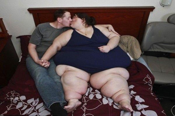 Pesa 370 chili Susanne Eman, la 33enne che sogna di battere il record della donna più grassa del mon