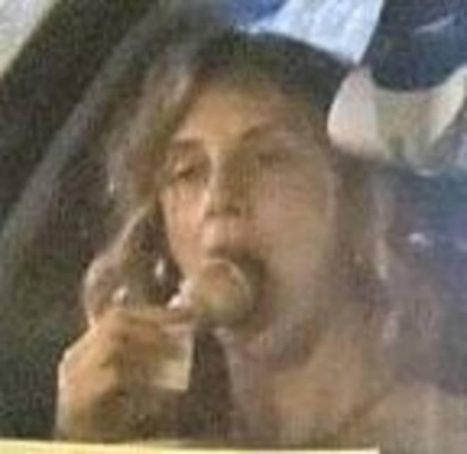 """Marianna Madia come mangia il gelato in auto """"Ha creato scandalo"""""""