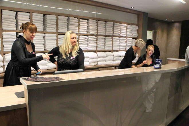 L'inaugurazione del maxi bordello in Carinzia 50% alla donna risolve molti problemi economici