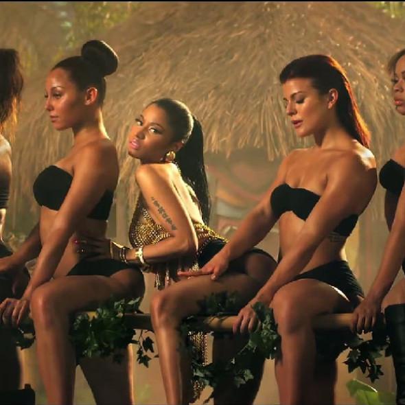 La svolta porno soft del pop: da Jennifer Lopez a Rihanna