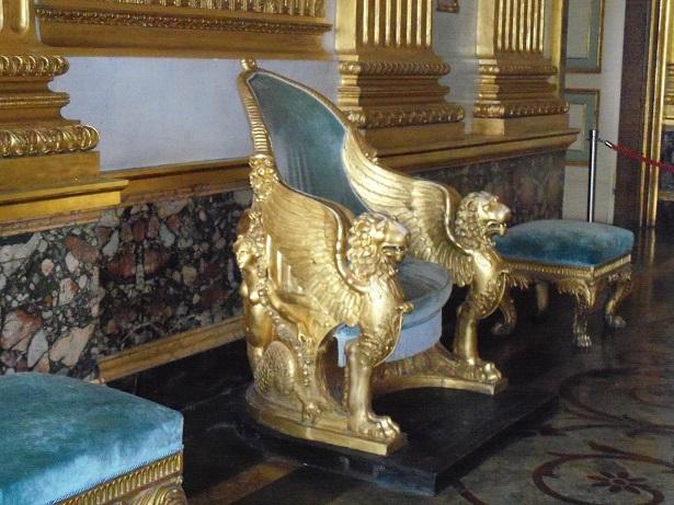 Le bellezze di Napoli e le province della Campania - Il trono Reggia di CE
