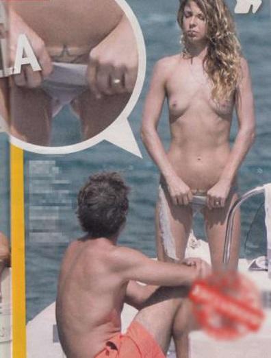 Luca Argentero e Myriam Catania, nudo integrale in barca