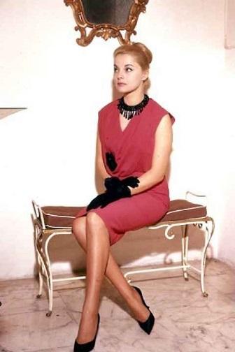 Virna Lisi, bellezza e talento. Addio al mito del cinema
