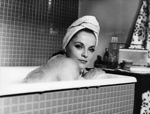 Virna Lisi, bellezza e talento. Addio al mito del cinema italiano