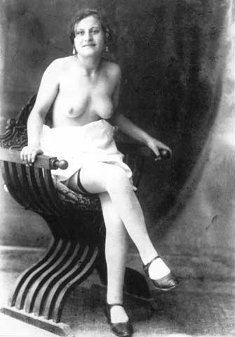 """Sin dall'Ottocento il termine """"ricottaro"""" indica lo sfruttatore di prostitute"""